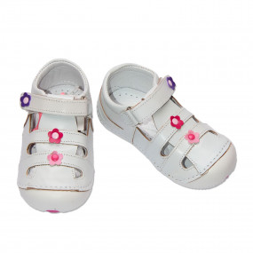 Первая обувь для девочки (кожа, супинатор), белый